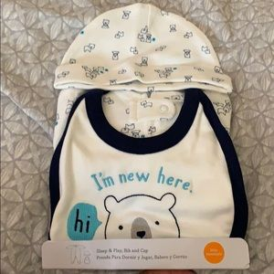 New baby sleep and play bib and cap.